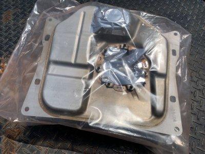 画像1: ZOOMER(RUCKUS) Injection Fuel Tank Peripheral Parts / ZOOMER FI用ガソリンタンク周辺部品